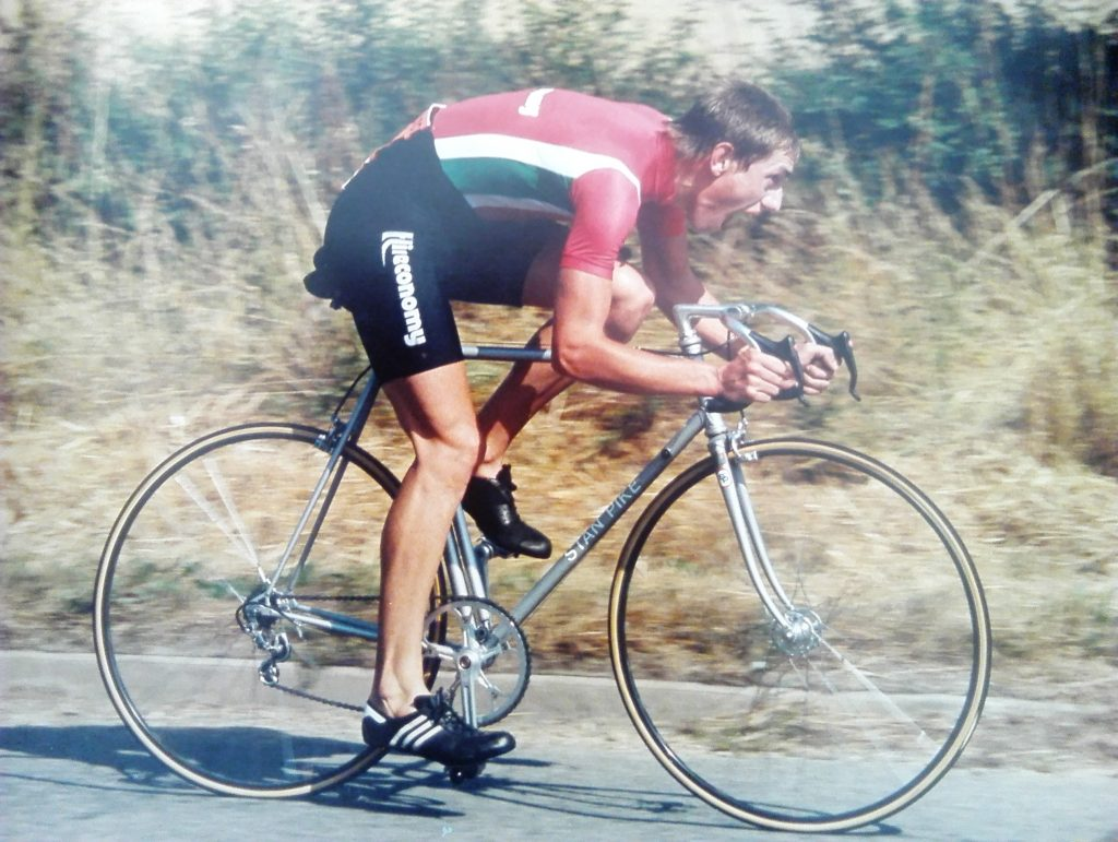 Winning the Alton cc 25 with 55.56 on H25/3 (Newbury) 14 august 1983.